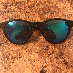 Ladies Oakley sunglasses